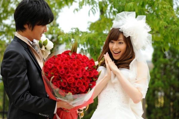 薔薇の花言葉を使ってプロポーズを成功させる7つの方法