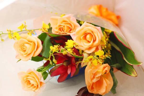 切り花を長く楽しむ為に☆生ける時に注意したい7つのポイント