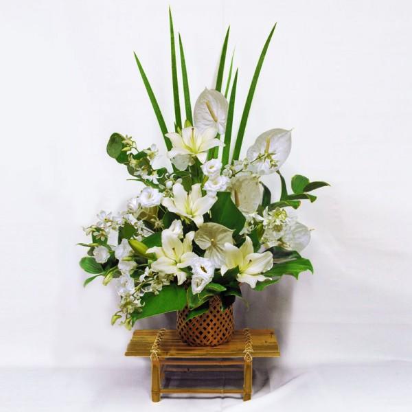親しい人の訃報に…枕花を送る時に注意するべき7つの事
