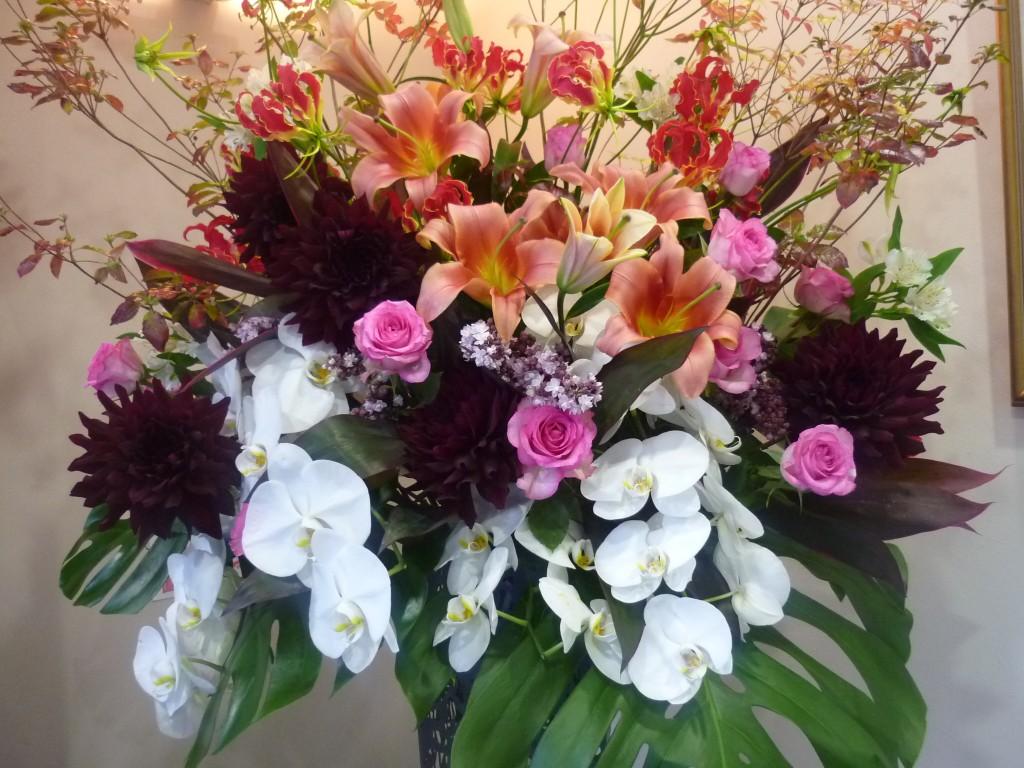 【スタンド花の贈り方】メインに入れたいお花、7選!!