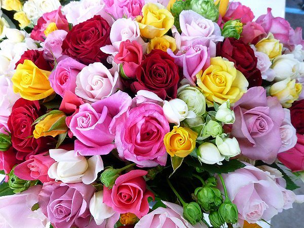 初心者でも上手にできる花束の作り方、7つのステップ☆