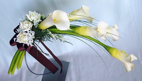 カラーの花言葉が花嫁の美しさをより輝かせる7つの理由☆