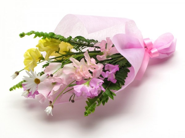 卒業式の花束の相場を知って、素敵な贈り物をする7つのコツ