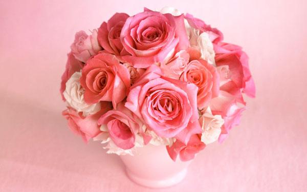 ばらの花の贈り方☆彼女に両親に結婚式に…シーン別ご紹介
