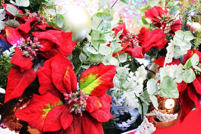 クリスマスリースのおしゃれでかわいい7つのアイディア