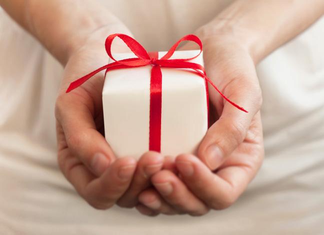 おばあちゃんが絶対喜ぶプレゼントを選ぶ7つのコツ
