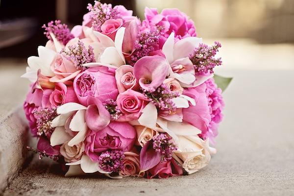 結婚祝いのプレゼントに☆おススメの花束組み合わせ