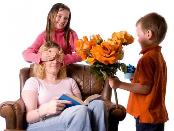 お母さんの誕生日プレゼントは☆可愛い花束アレンジ