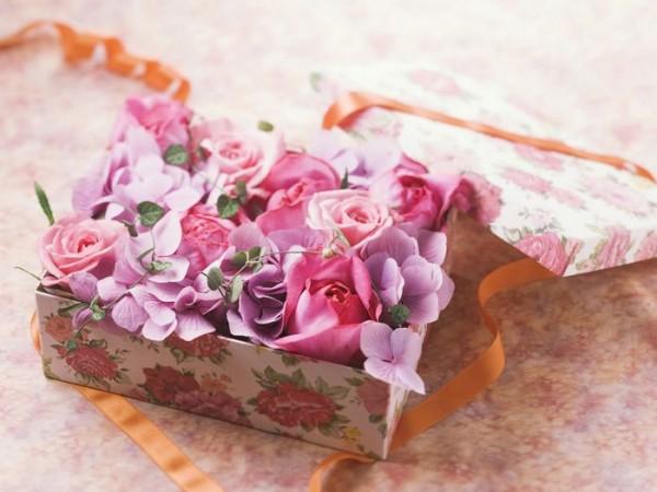 お花を贈るなら☆花束からアレンジまで7つのスタイル