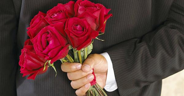 赤いバラの花言葉☆ロマンティックに贈る7つの豆知識