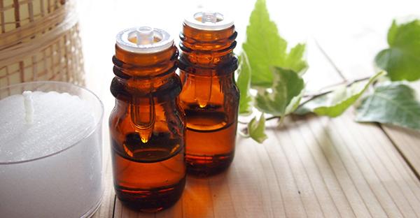 アロマオイルの効能で快適に☆7つの悩み別おすすめの香り