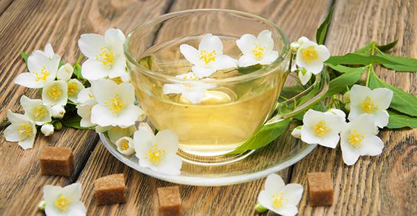 ジャスミン茶の効能を活用☆毎日快適!効果的な飲み方とは