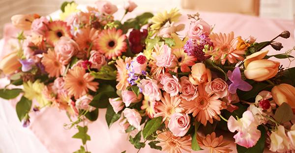 秋の花でサプライズ!家族に友人に贈りたい、人気アレンジ