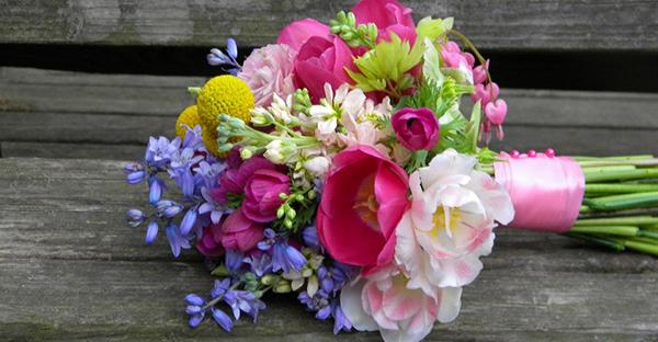 4月の花でお祝いの花束を!春先に贈りたい可愛い花々