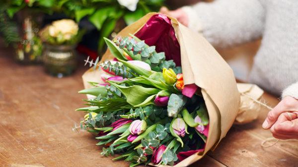 プレゼントの定番!よろこばれる花の選びかた