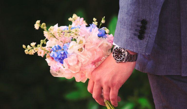 1月の誕生花とその花のロマンティックな花言葉