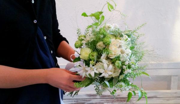 7月の誕生花とその花のロマンティックな花言葉