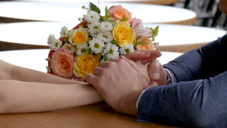 11月の誕生花とその花のロマンティックな花言葉