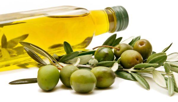 オリーブの栄養が女性の悩みに効果的なワケ