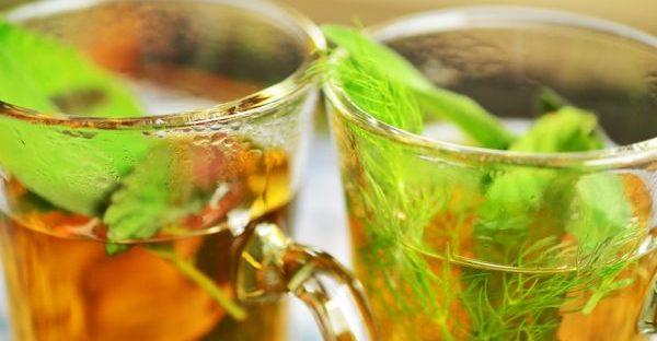 こっそりデトックス出来るお茶と効果的な飲み方